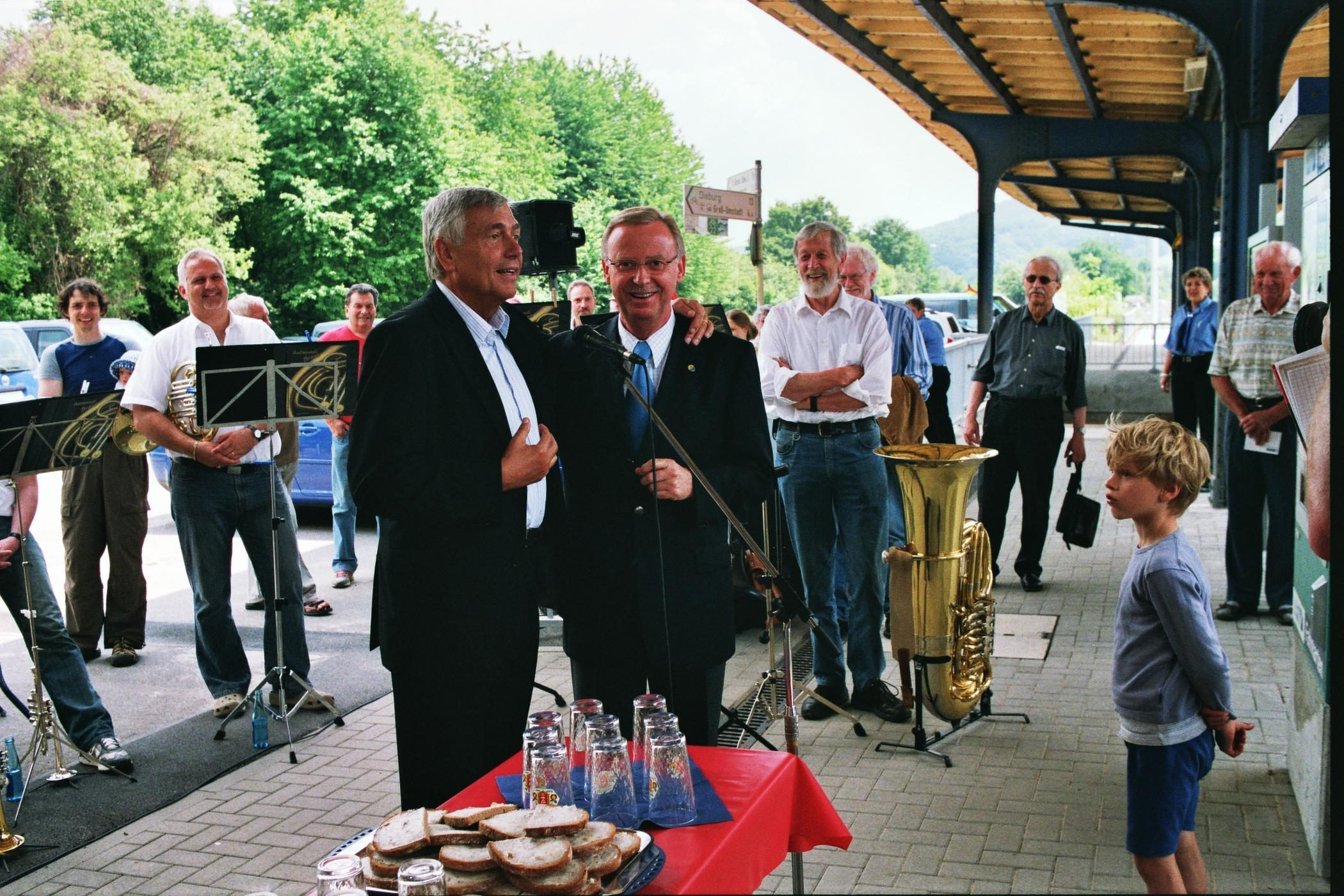 Deftige Zwischenmahlzeit und Musik wurde in Wiebelsbach geboten